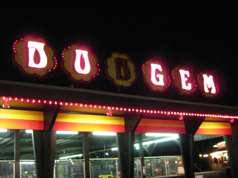 """""""Do Gem"""" Dodgem sign."""