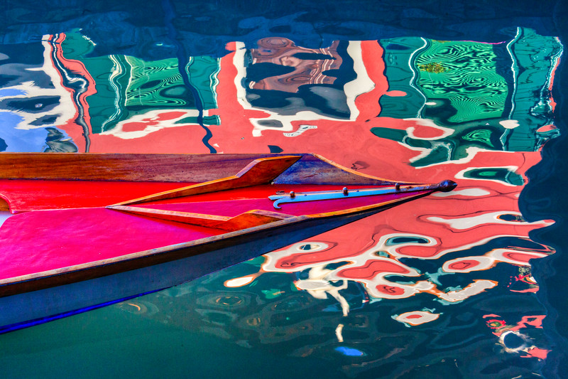 IMG_2261_Boat & reflection Burano