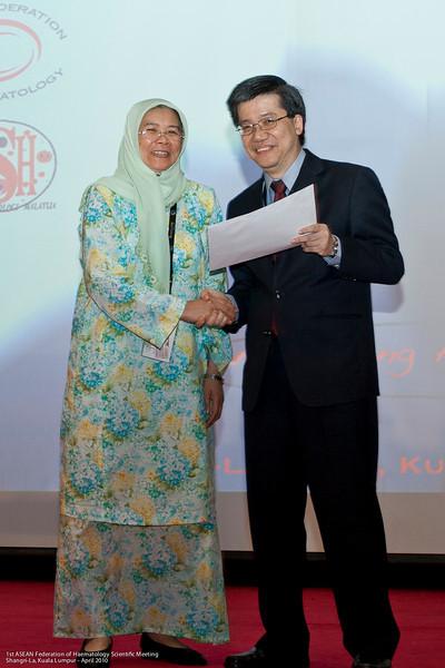 1st runner-up, Laboratory category - Noor Hamidah Hussin