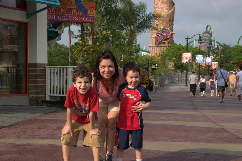 Orlando 4-6-2009 4-35-56 AM.jpg