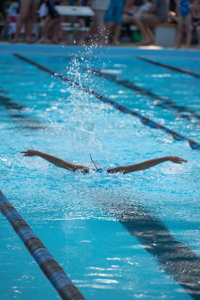 lcs_swimming_kevkramerphoto-043.jpg
