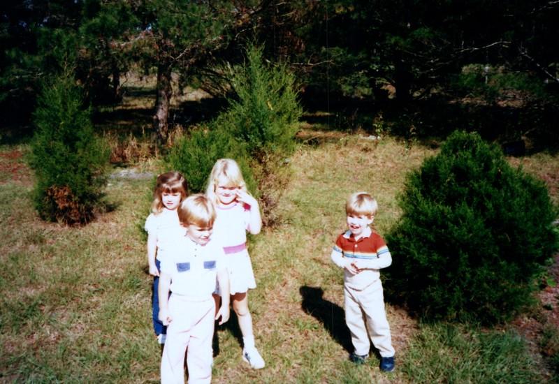 1986_December_Life_in_Longwood_0003_a.jpg