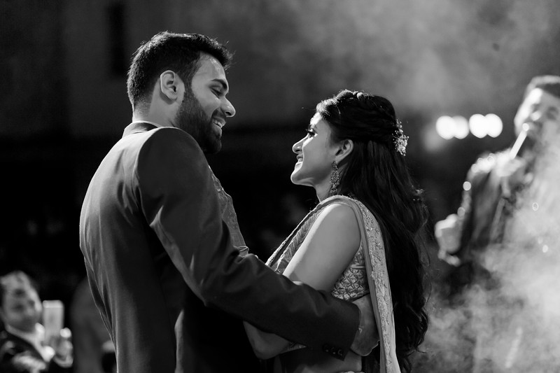 Candid Wedding Photographer Ahmedabad-1-94.jpg