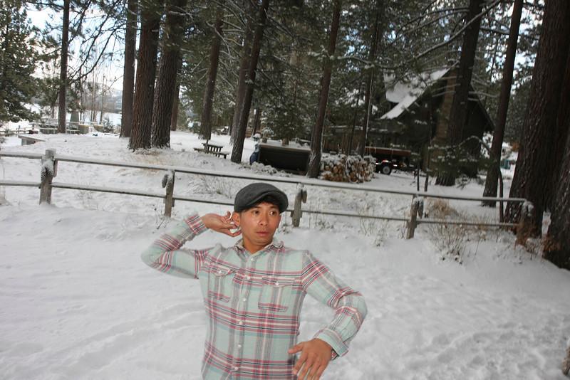 20120122_IMG_0051_Tahoe-Cabin-Snow-Austin-Camuntitled.JPG