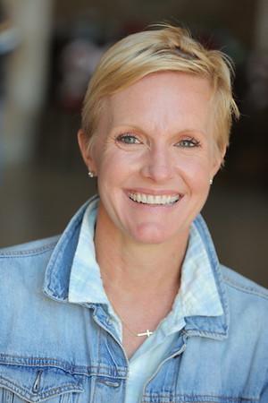 Suzanne Reinhard