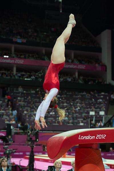 __02.08.2012_London Olympics_Photographer: Christian Valtanen_London_Olympics__02.08.2012__ND43430_final, gymnastics, women_Photo-ChristianValtanen