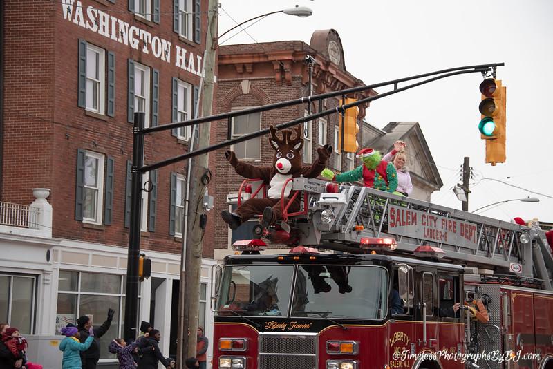 2019_Salem_NJ_Christmas_Parade_234.JPG
