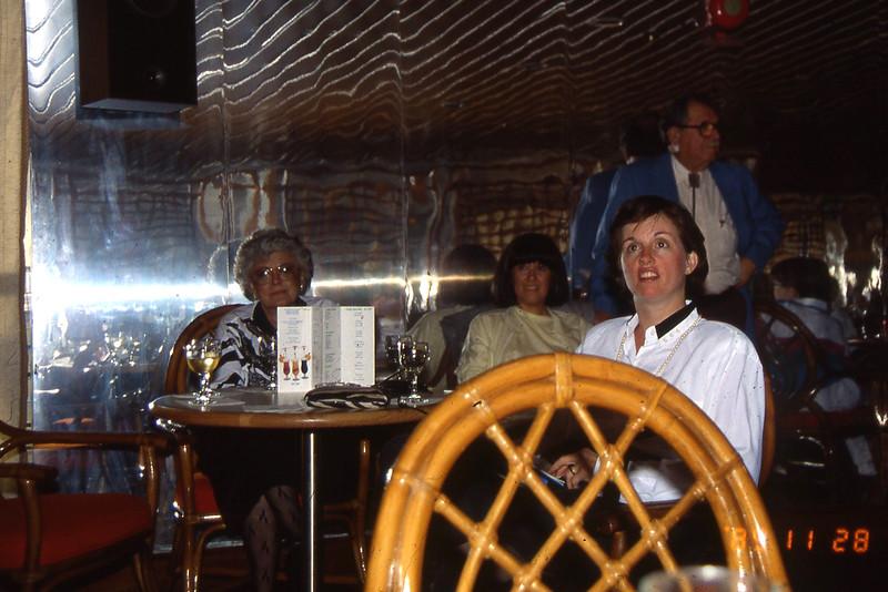166-1989 Cruise 50th Anniv016.jpg