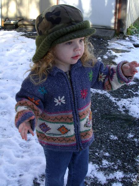 0114.CIMG0199.KimberAtDads-Snow.jpg