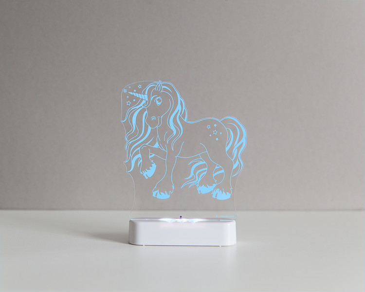 Aloka_Nightlight_Product_Shot_Magic_Unicorn_White_Bluesky.jpg
