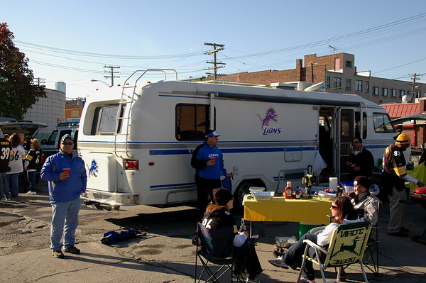 lions tailgate 101109