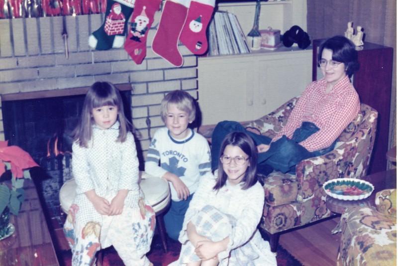 1976 Xmas.jpg