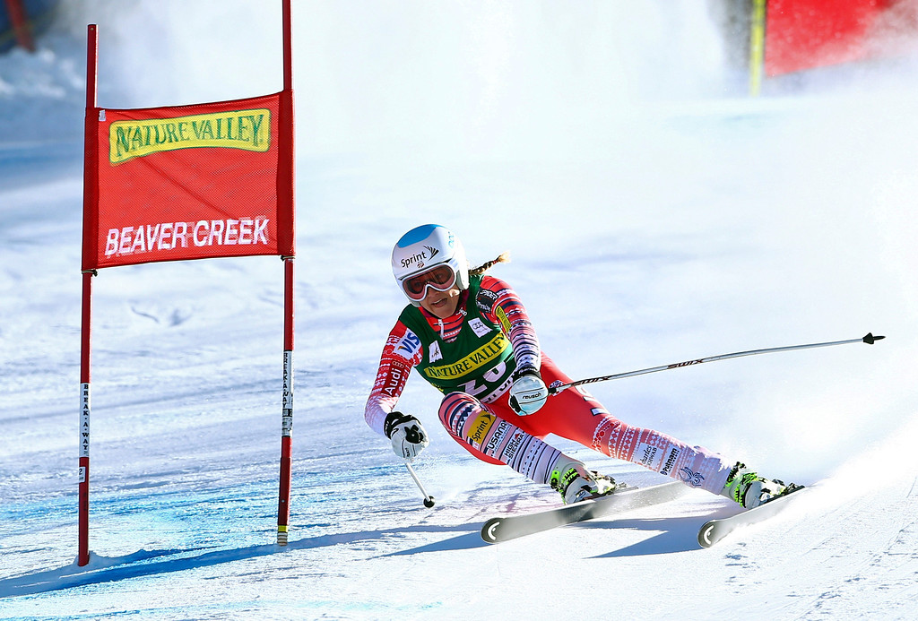 . Julia Mancuso makes a turn during the women\'s World Cup Downhill skiing event Friday, Nov. 29, 2013, in Beaver Creek, Colo. (AP Photo/Alessandro Trovati)