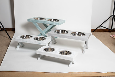 Chase Pet Stands - Group and Chase