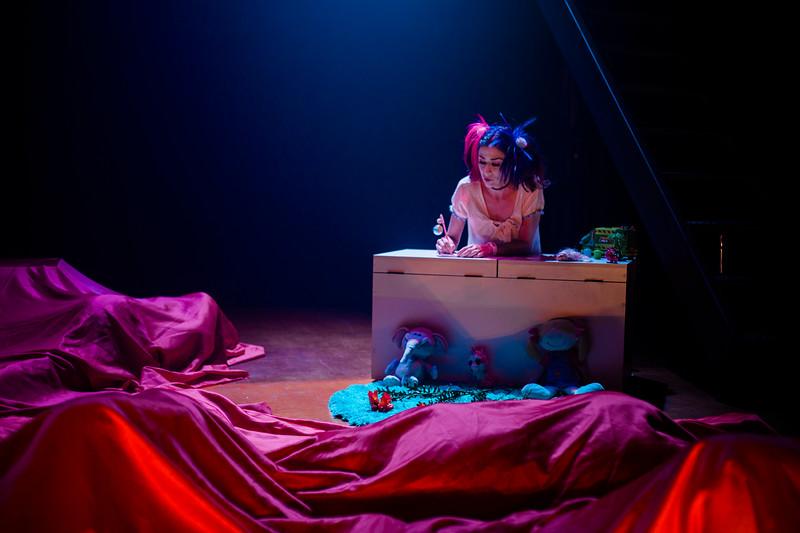 Allan Bravos - essenCIA Teatro - Persona 07-4.jpg