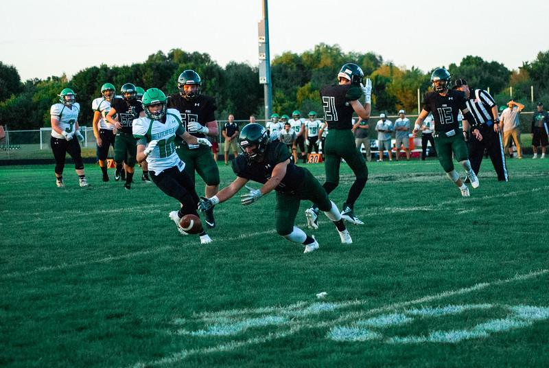 CNP_FOOTBALL_VS_LITCHFIELD-52.JPG