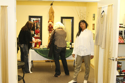 Lisa  Cornell's Desperate Housewives Boutique Fleming Island Florida  Modeling Show Nov 10,  2011