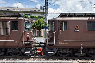 Coupling up BLS Class Re4_4 at Spiez