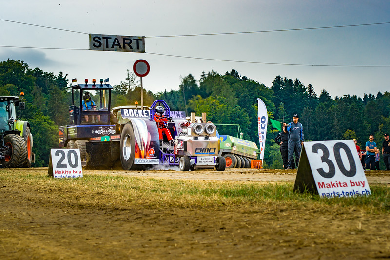 Tractor Pulling 2015-02420.jpg