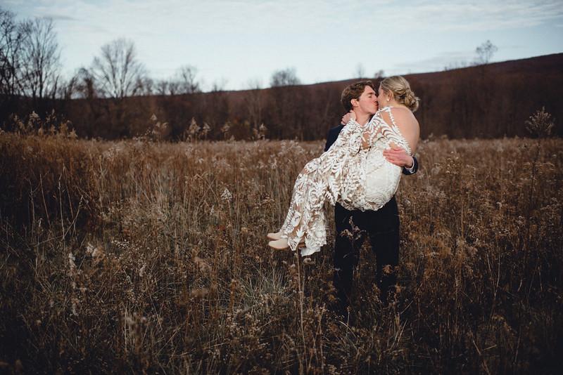 Requiem Images - Luxury Boho Winter Mountain Intimate Wedding - Seven Springs - Laurel Highlands - Blake Holly -903.jpg