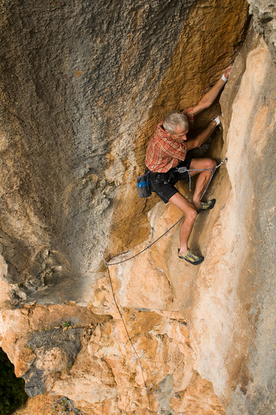 Jim Donini climbing Dislolie, 6c+, Siniscola, Sardinia, Italy.