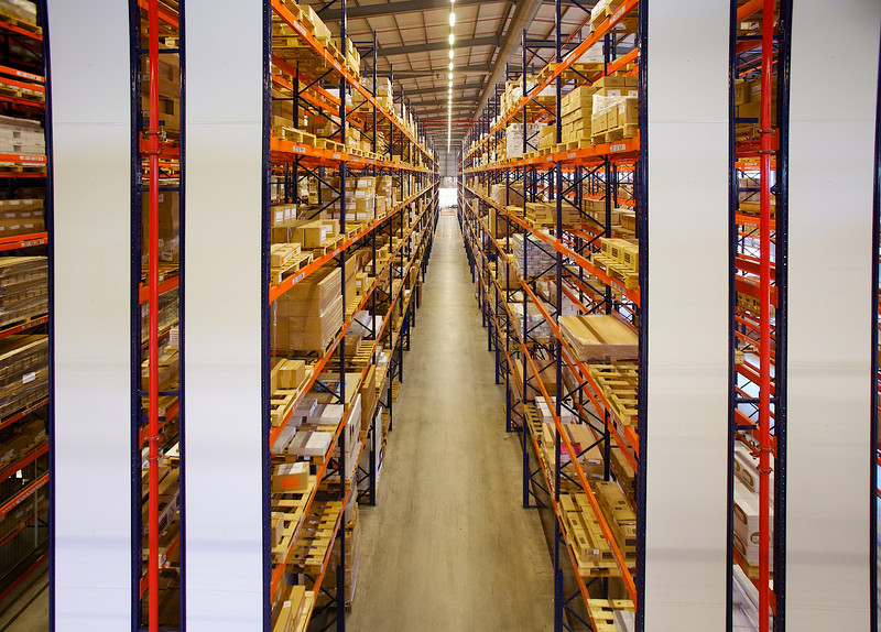 Wide aisle rack storage