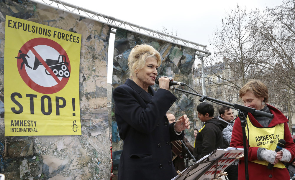 . French actress Fanny Ardant speaks on April 6, 2013 in Paris, during an operation organized by Amnesty international to protest against Roma expulsions from France.   JACQUES DEMARTHON/AFP/Getty Images