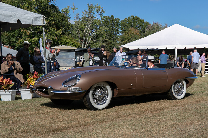 1961 Jaguar E-Type-1.jpg