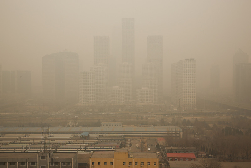 . A general view of the pollution covered Beijing CBD on February 25, 2014 in Beijing, China. The air pollution has caused an increase in the number of people seeking hospital treatment for respiratory problems and the public are asked to avoid outdoor activities.  (Photo by Lintao Zhang/Getty Images)
