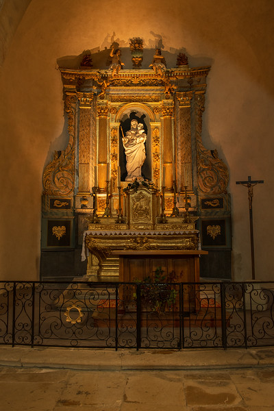 Inside church in Venasque