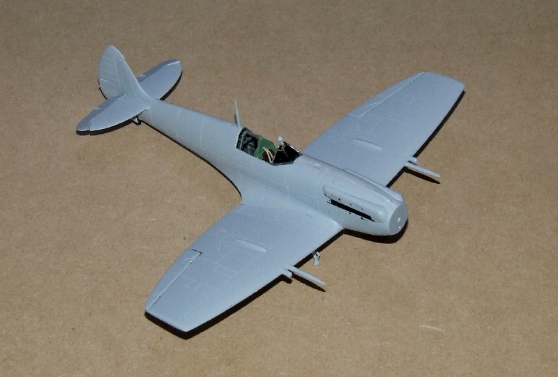 Spirfire Mk.XII, 13s.jpg