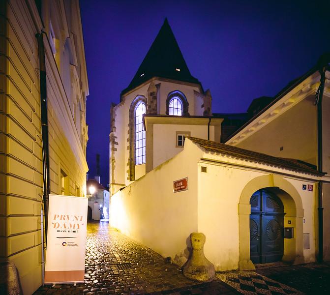 PrvniDamy-001_www.klapper.cz.jpg