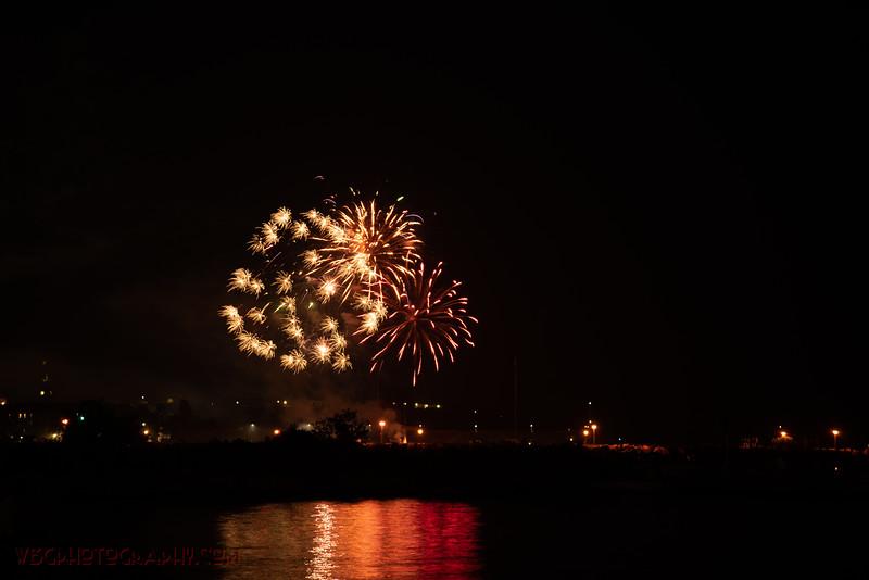 Fireworks-12.jpg