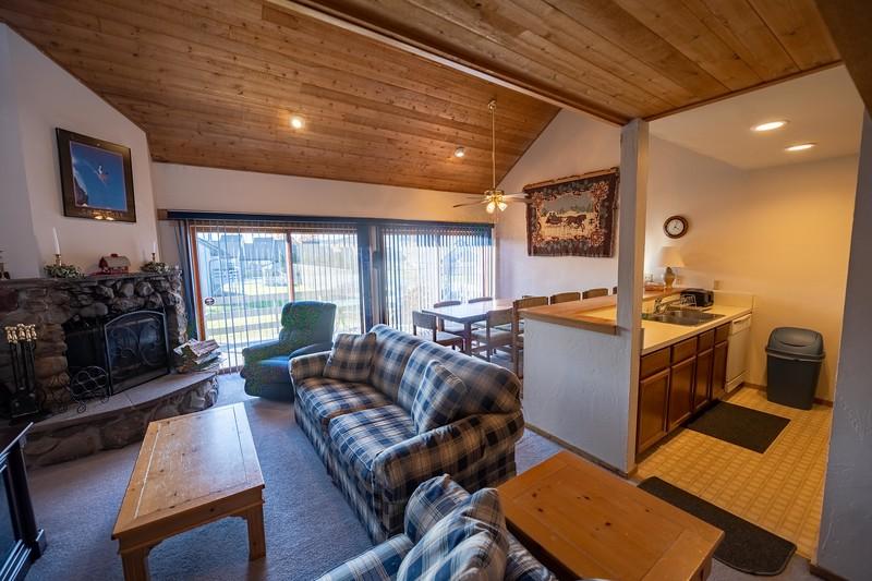 20201024 - Windham House #33 - 010.jpg