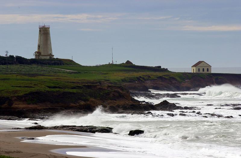 PB_Lighthouse.jpg