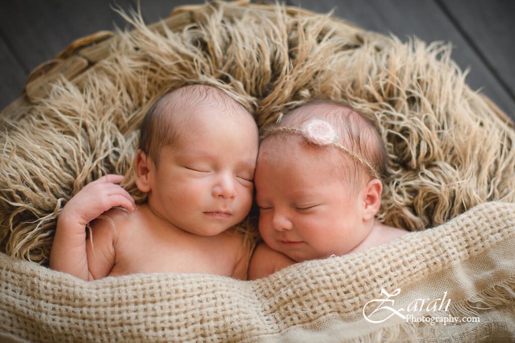 Twins#2-4947