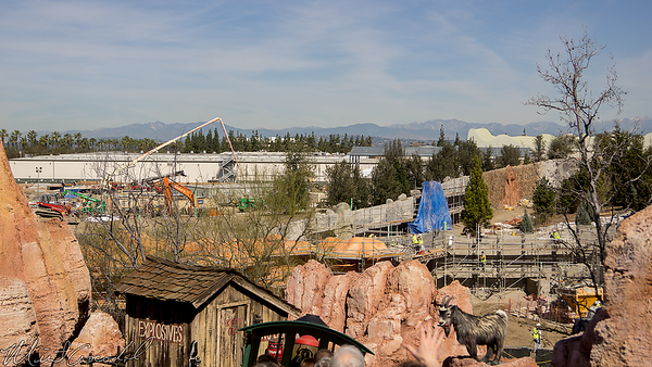 Disneyland Resort, Disneyland, Frontierland, Big Thunder Mountain Railroad, Big Thunder, Star Wars Land, Star Wars, Star, Wars, Construction, Trail, Jamboree