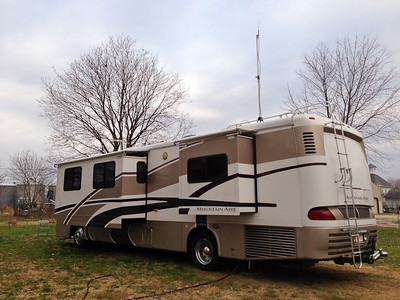 2001 Newmar Mountain Aire Diesel Pusher
