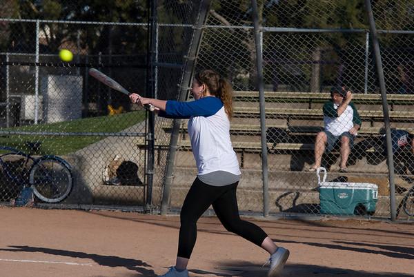 2010 Visa Softball Week 1