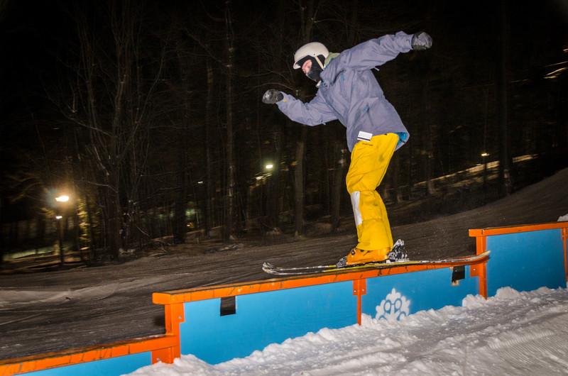 Nighttime-Rail-Jam_Snow-Trails-21.jpg
