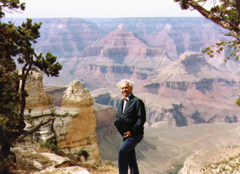 Wayne at Grand Canyon   945x687 - Copy.jpg