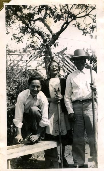 1940s-mexican-gothic_grandma-grandpa-reyes.png