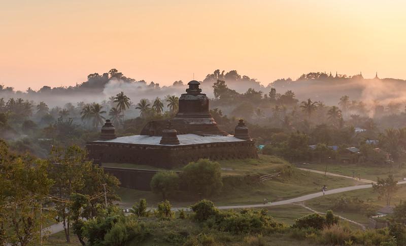 Htukkanthein Temple, Mrauk U, Burma