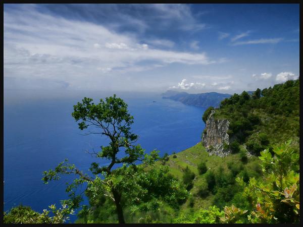 Path of the Gods (Sentiero degli Dei) and Capri