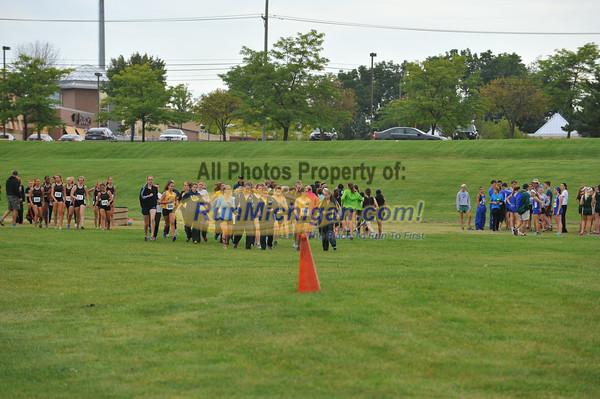 JV Girls' Start - 2014 OU Golden Grizzly HS Invite