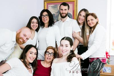 Dughi Family Portraits 2019