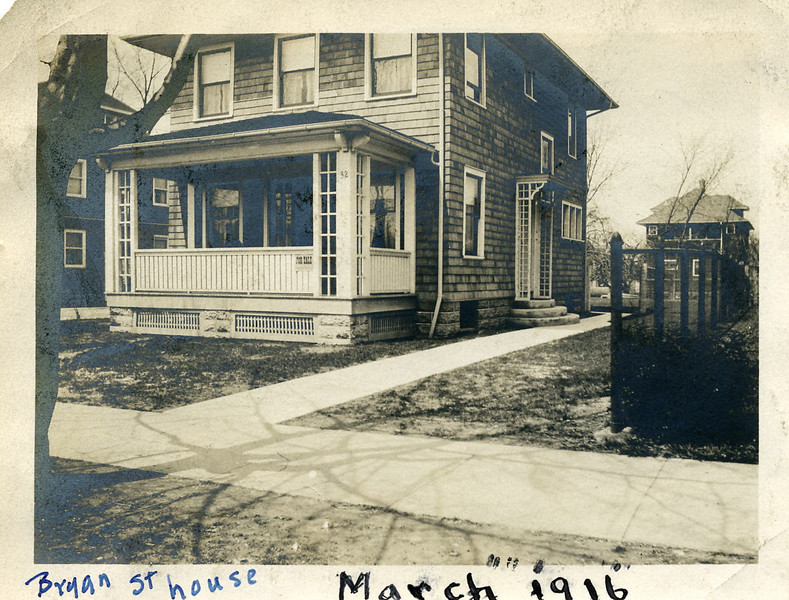 Bryan St House 19160019.jpg