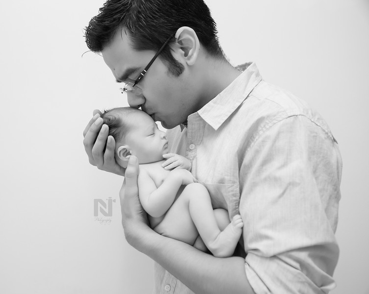newborn-photography-candid-bangalore-10.jpg