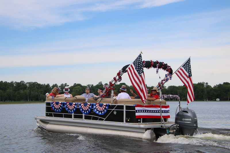 2019 4th of July Boat Parade  (21).JPG