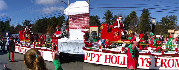 NH Christmas Parade by Lucille